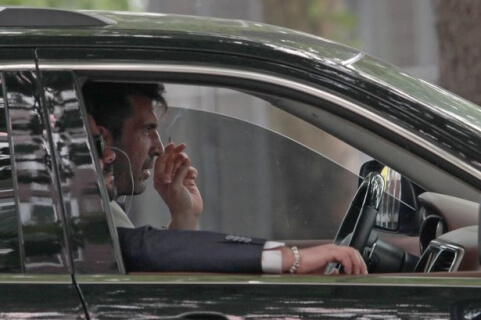 PAY-EXCLUSIVE-Gianluigi-Buffon-smoking-cigarettes-1s